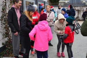 charytatywny-bieg-mikolajkowy-2019-005